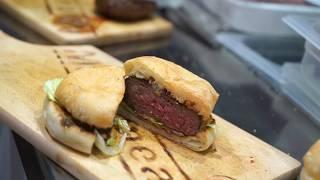 Anche un semplice hamburger ha tutto un altro sapore con le griglie professionali Wegrill