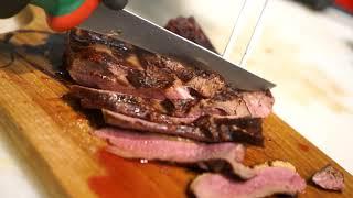 L'effetto crispy sulla carne - crosticina fuori e sugosa dentro solo con Broiler System Wegrill le griglie professionali per ogni locale
